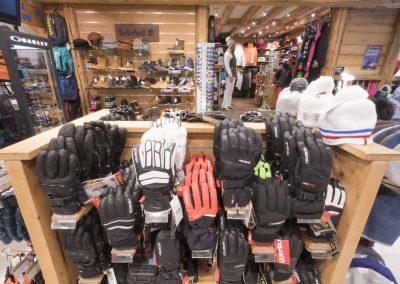 sport-boutique-ski-la-clusaz-10