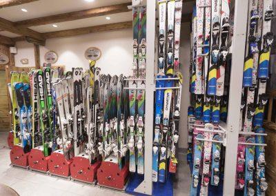sport-boutique-ski-la-clusaz-15