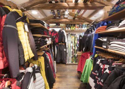 sport-boutique-ski-la-clusaz-7